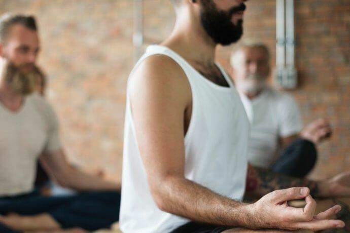 Männer Yoga Bild
